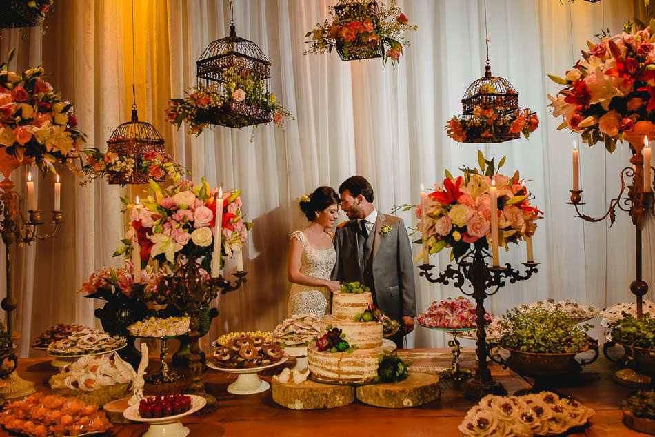 Mais De 100 Ideias Incríveis Para Decorar A Mesa De Bolo Do Seu Casamento