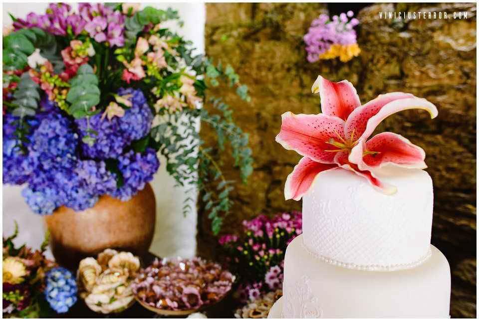 ideias-para-topo-de-bolo-de-casamento