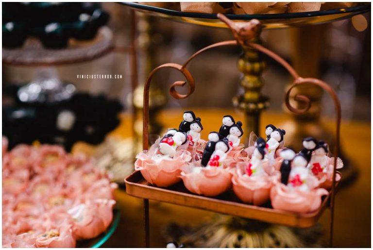 detalhes mesa de bolo casamento