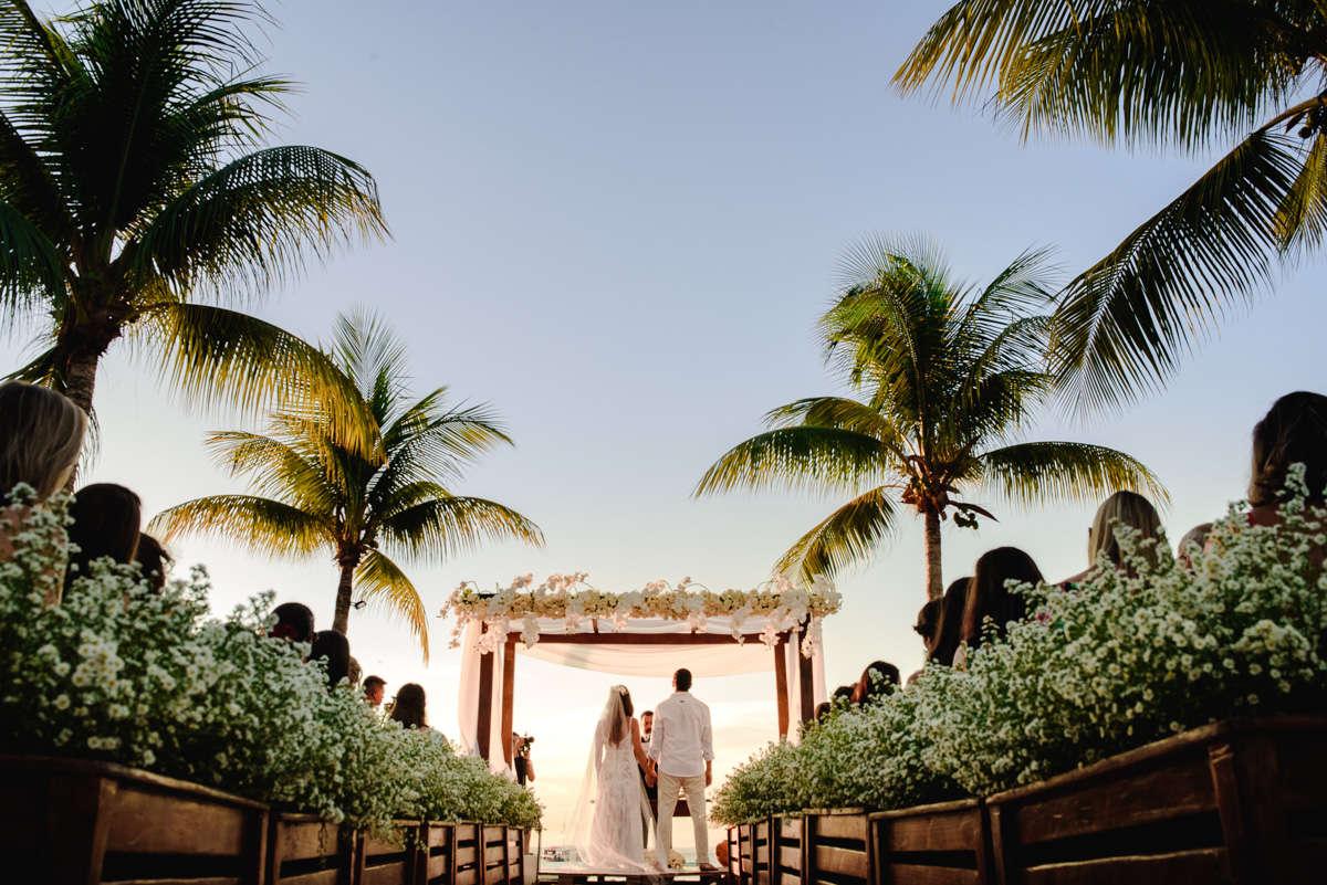 destination wedding na bahia barra grande ponta do muta